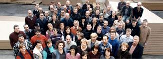 Durch den einsatz unserer ca 80 mitarbeiter garantieren wir qualität